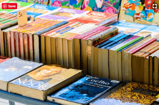 11 Great Books to Read Before Study Abroad